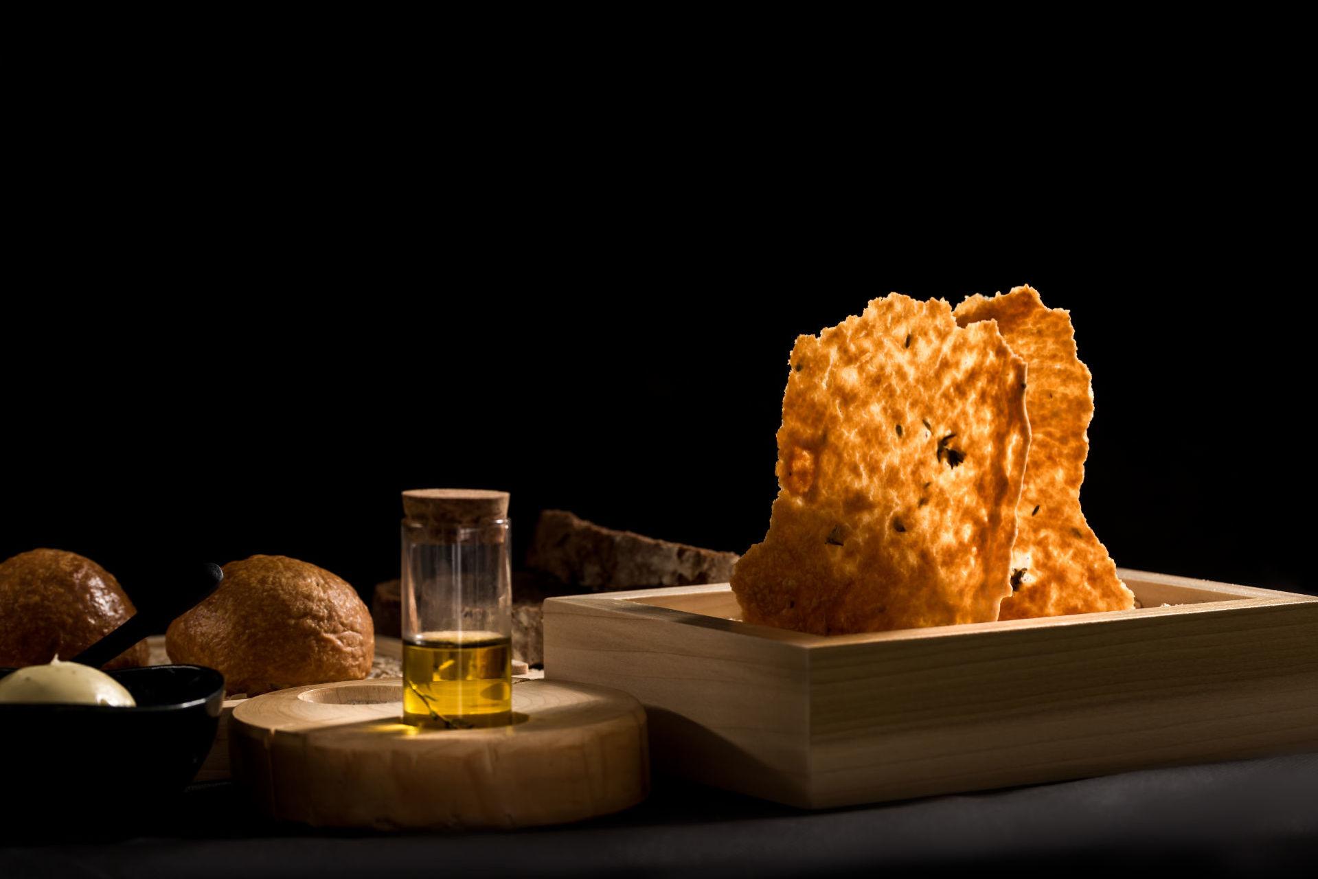 Alali_Restaurant_-_Fine_Dining_Experience_in_Santorini_4.jpg