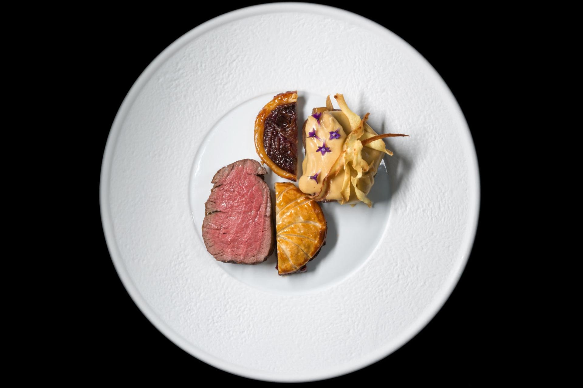Alali_Restaurant_-_Fine_Dining_Experience_in_Santorini_10.jpg