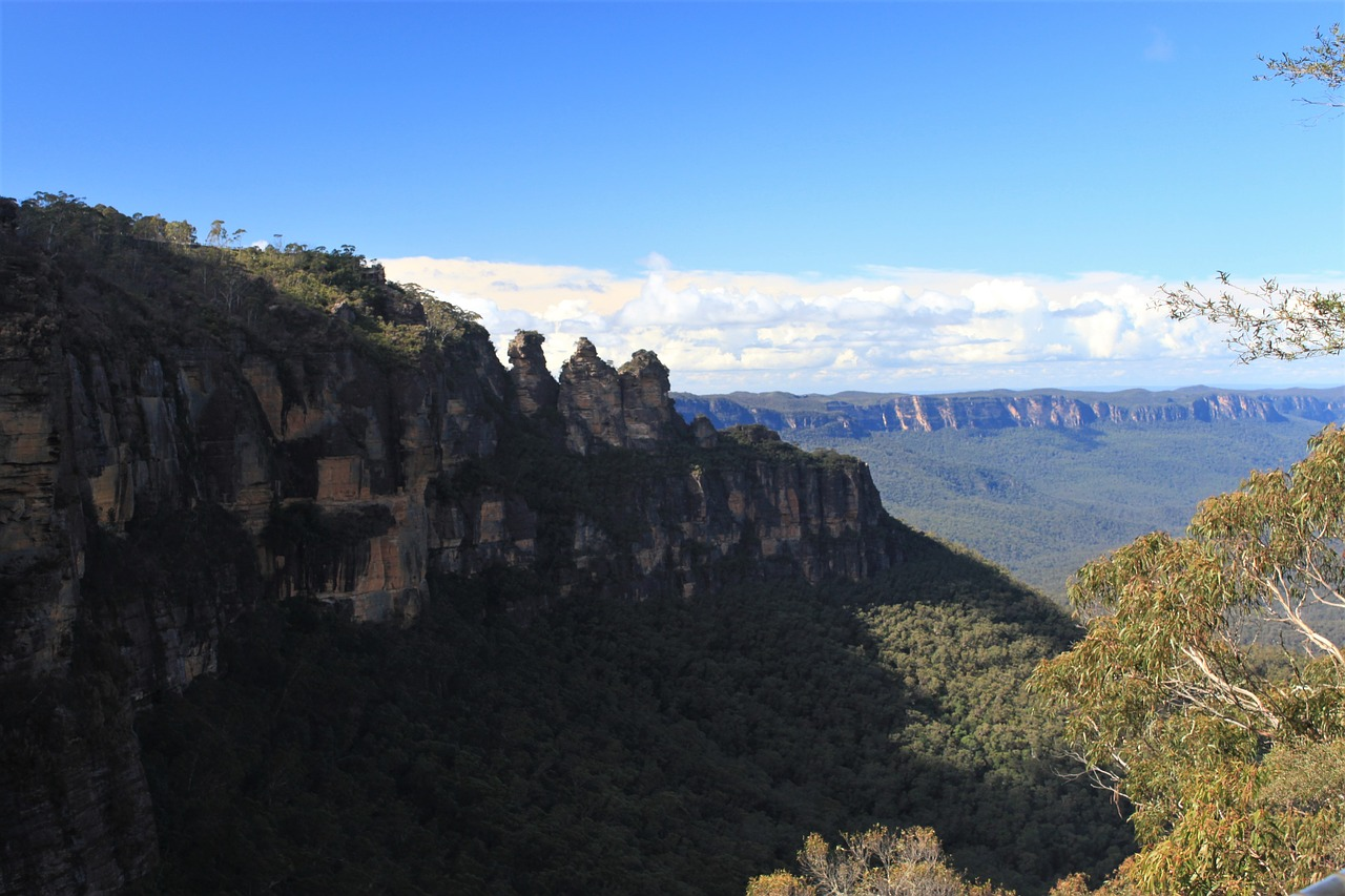 Abseiling In Katoomba - Explore & experience the thrill of abseiling beautiful Katoomba