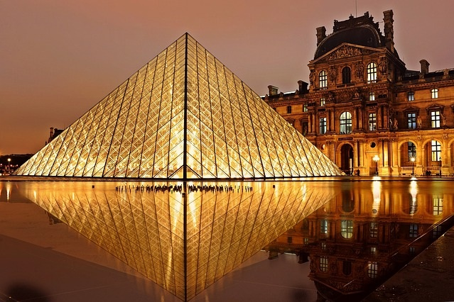Louvre Museum tour - Jump the queue and experience culture and art through the ages with a small-group 3-hour tour of Paris' epic Louvre Museum.