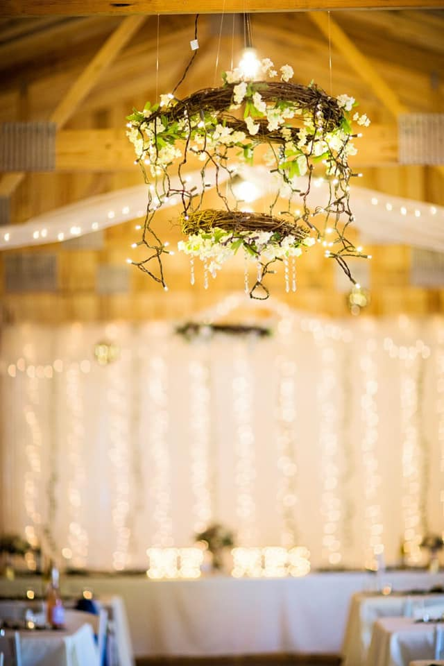 wedding chandelier.jpg
