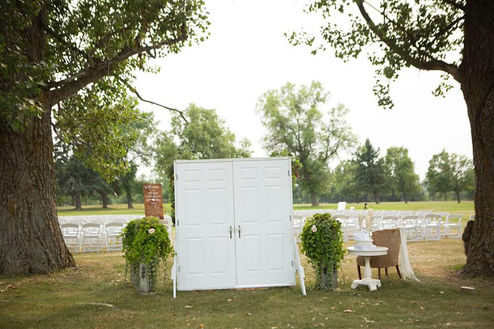 wedding outdoor doors.jpg