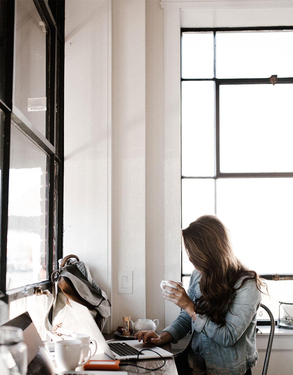 are_women_tech_savvy.jpg