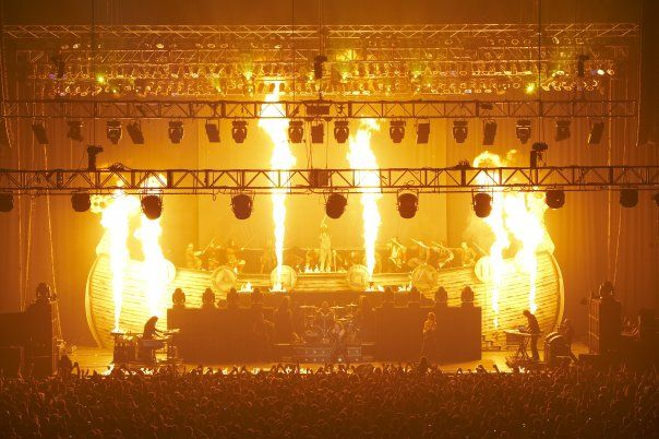 The Jomsvikings on stage with Manowar