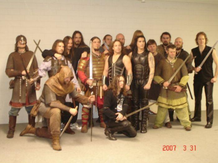 Line-up backstage, Jomsvikings and Manowar crew