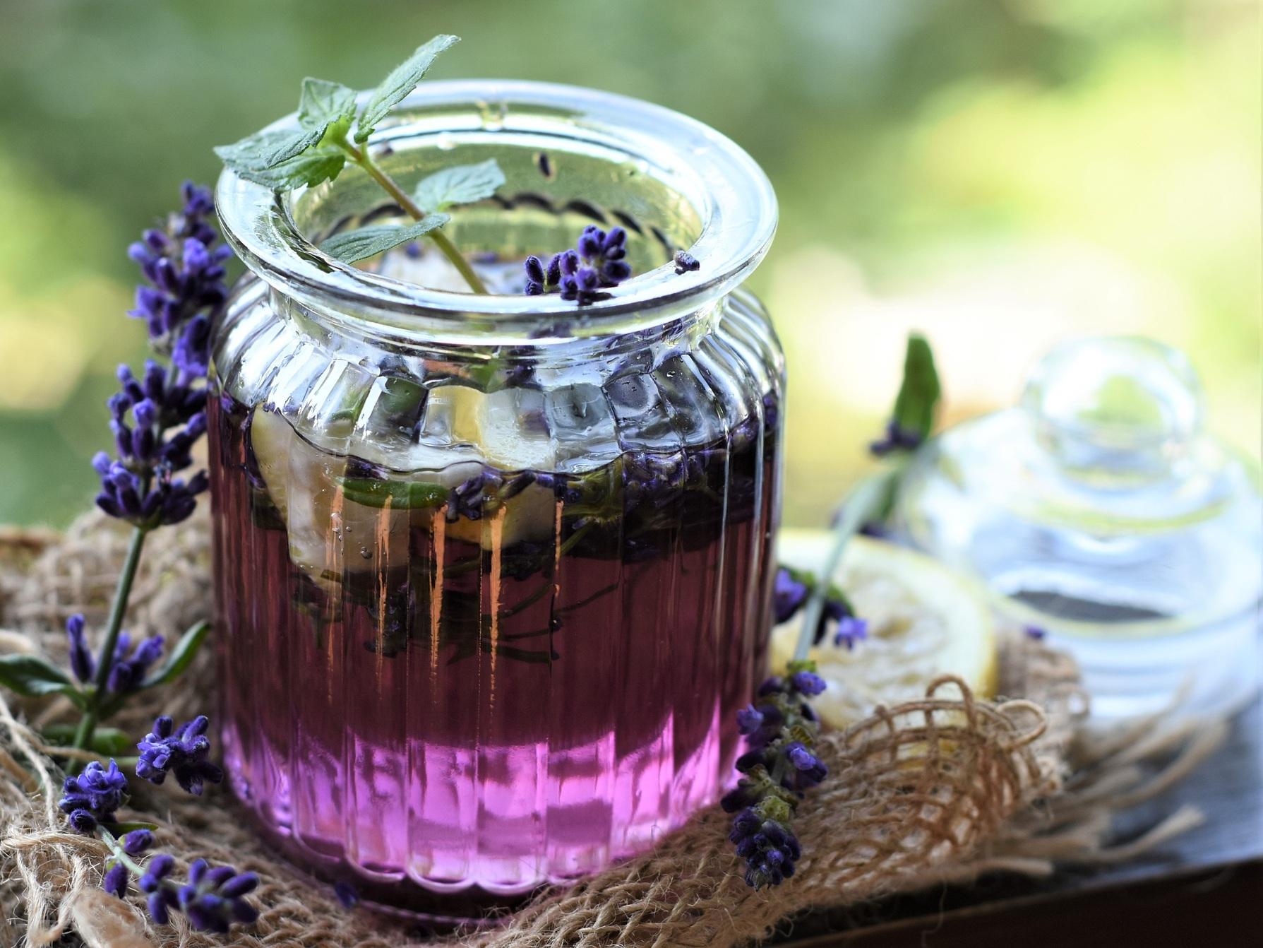 Tapas + Herbal Cocktail Class -