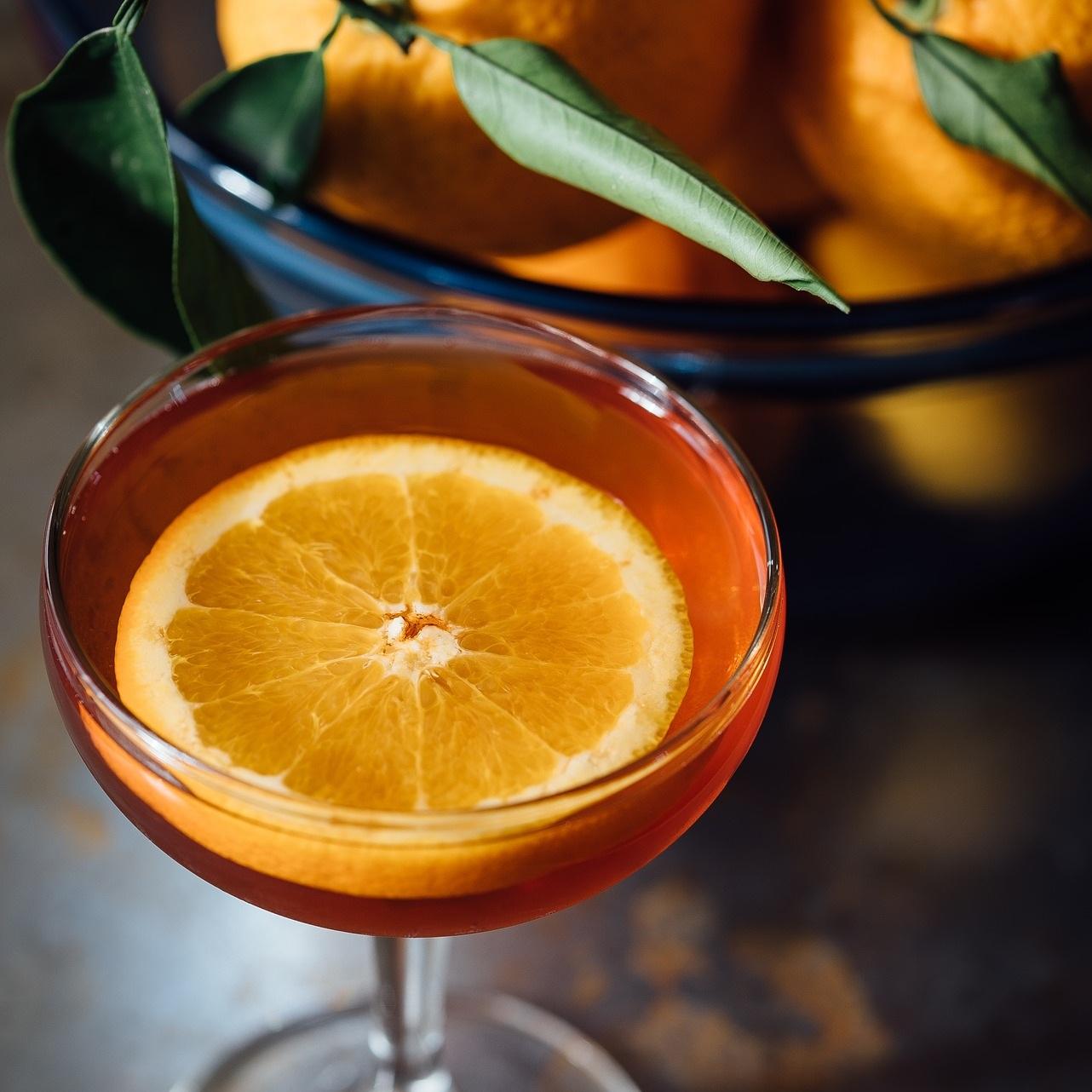 alcohol-1850038_1920.jpg