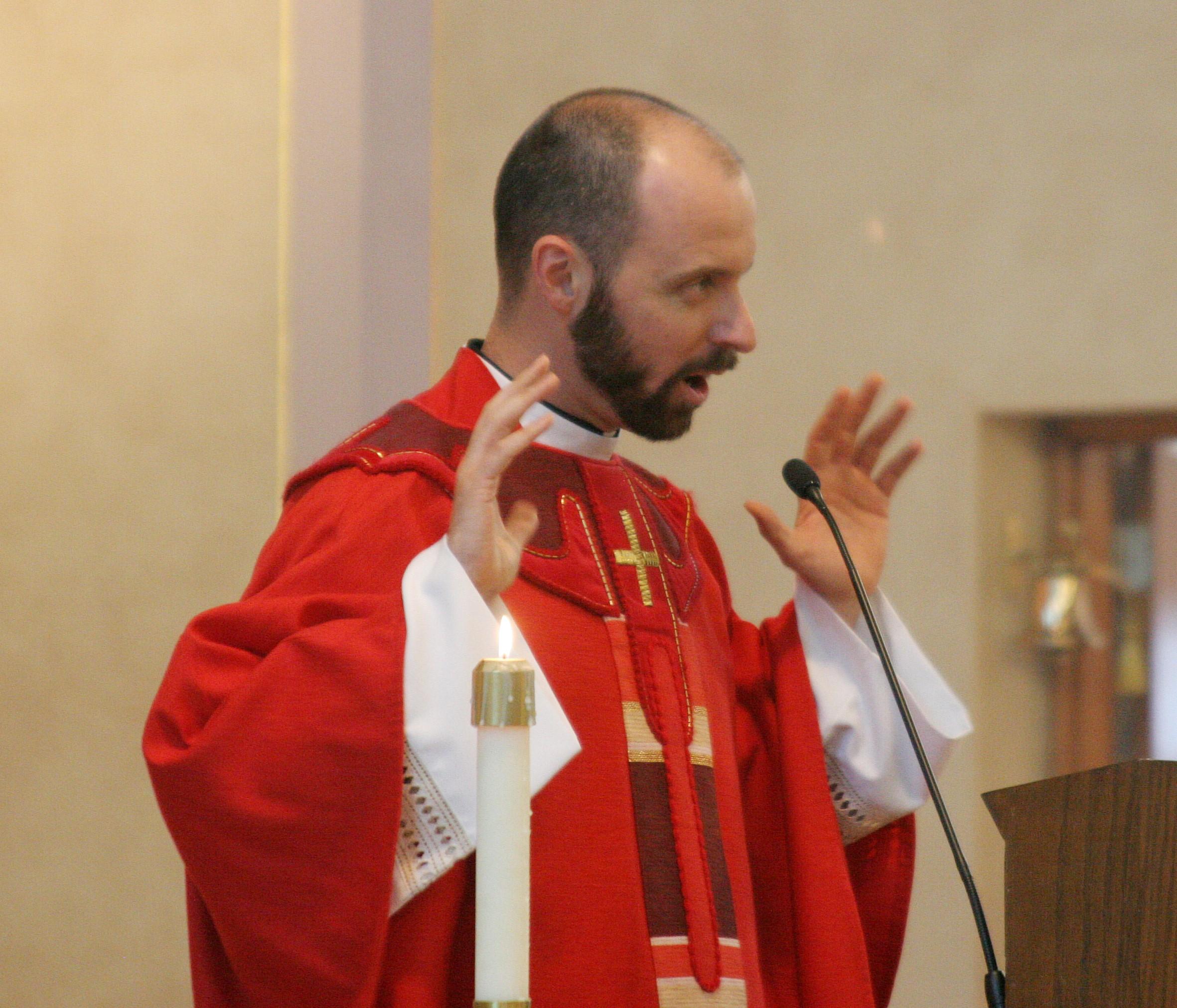 2011. First Mass, feast of Pentecost.  photo: klingkamerabooth.com