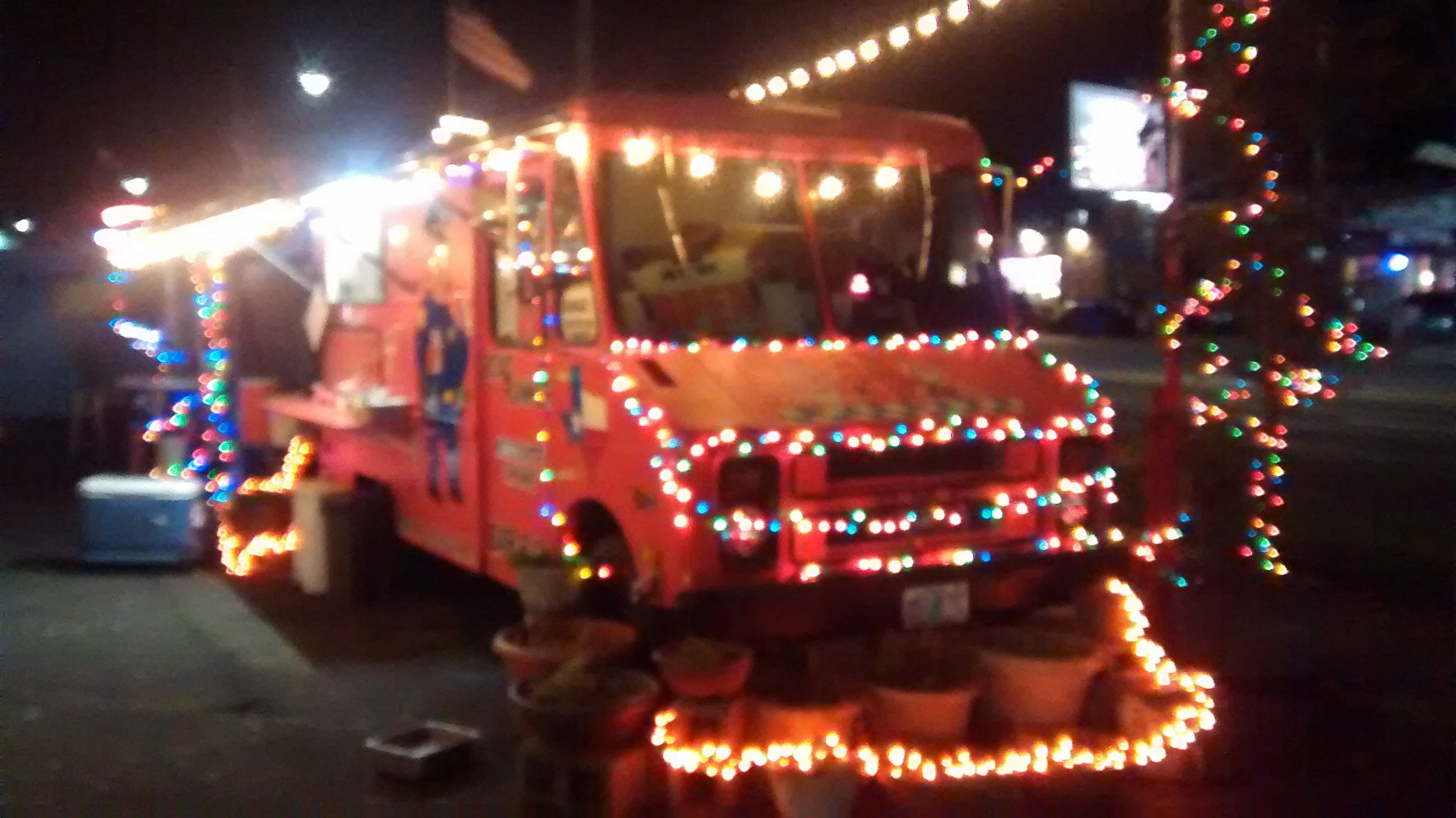 Portland OR food truck at Christmas, 2016