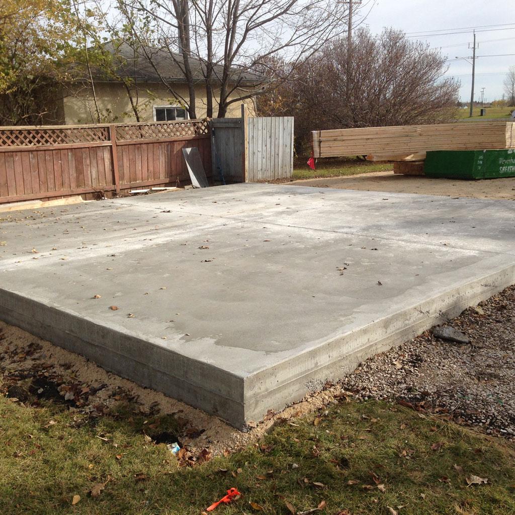 concrete_pad_cement_pouring_3.jpg