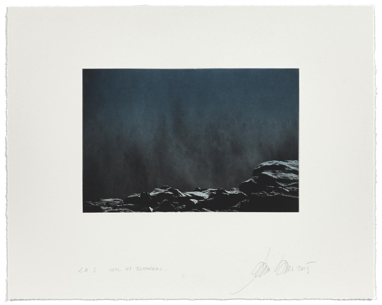 Veil in Between    2015 | 40 x 50 cm | rotogravure et aquatint | 48 prints