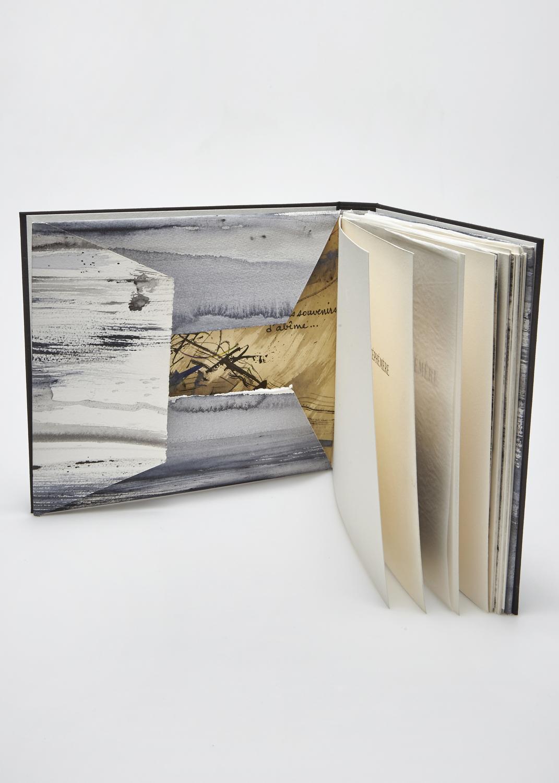 Célébration de l'Éphémère    Text by Lionel Ray and engraving by Julius Baltazar  2003 | 27 x 23 cm | lithography and typography | 45 prints | editor Rémy Maure