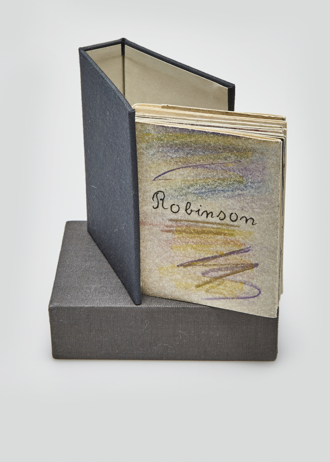 Robinson    Text by Guy Marester and engraving by Julius Baltazar  1978 | 10 x7 cm | engraving and typography | 70 prints
