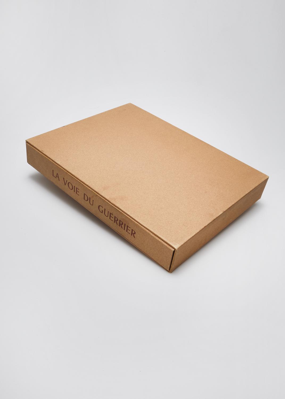 La Voie du Guerrier    Gravure et texte Vincent Bardet  1986 | 34 x 26.5 cm | eau forte et typographie | 190 exemplaires | éditeur Les Bibliophiles de France