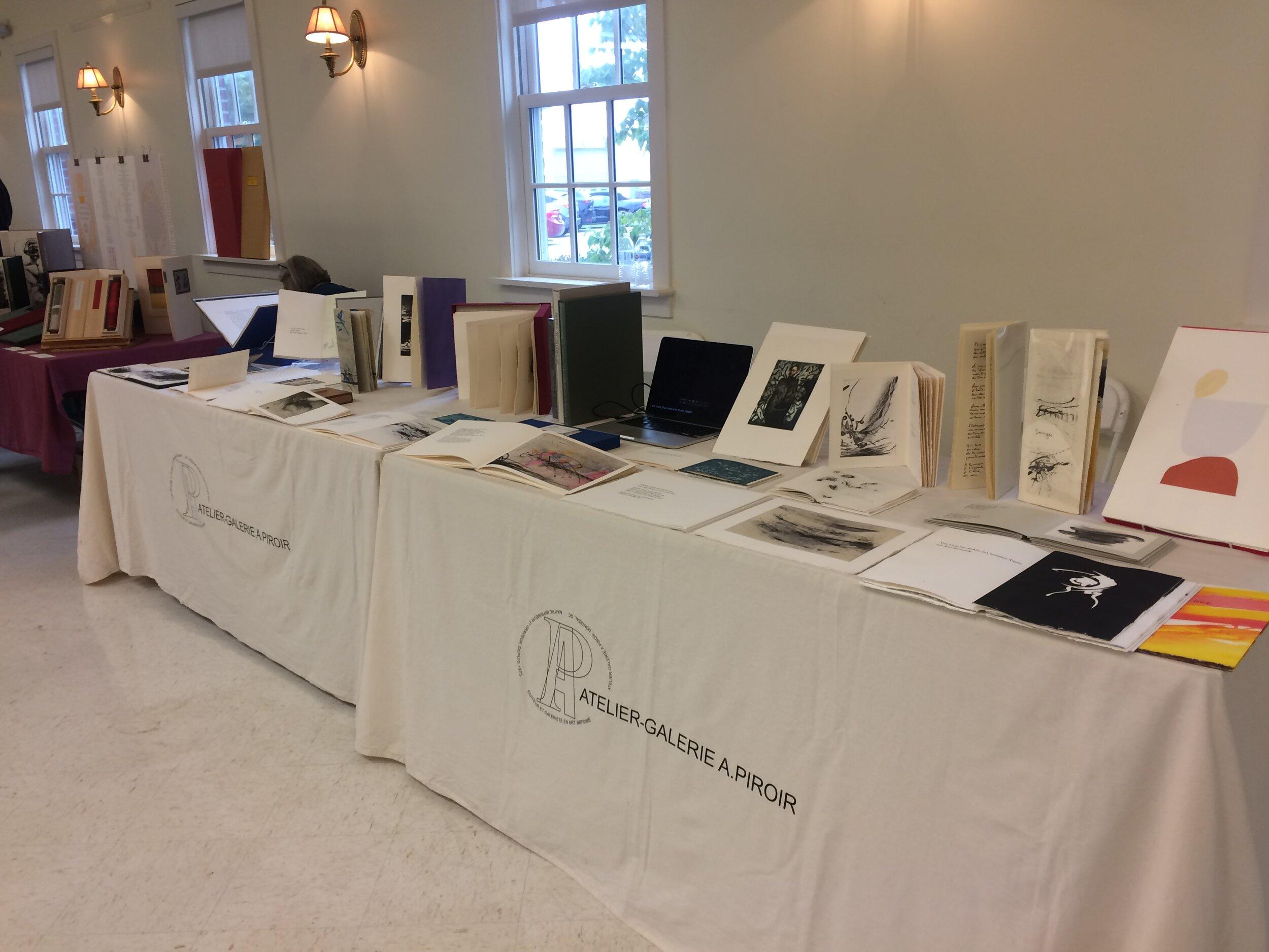Tables de l'atelier-Galerie A. Piroir, site web l'organisateur -
