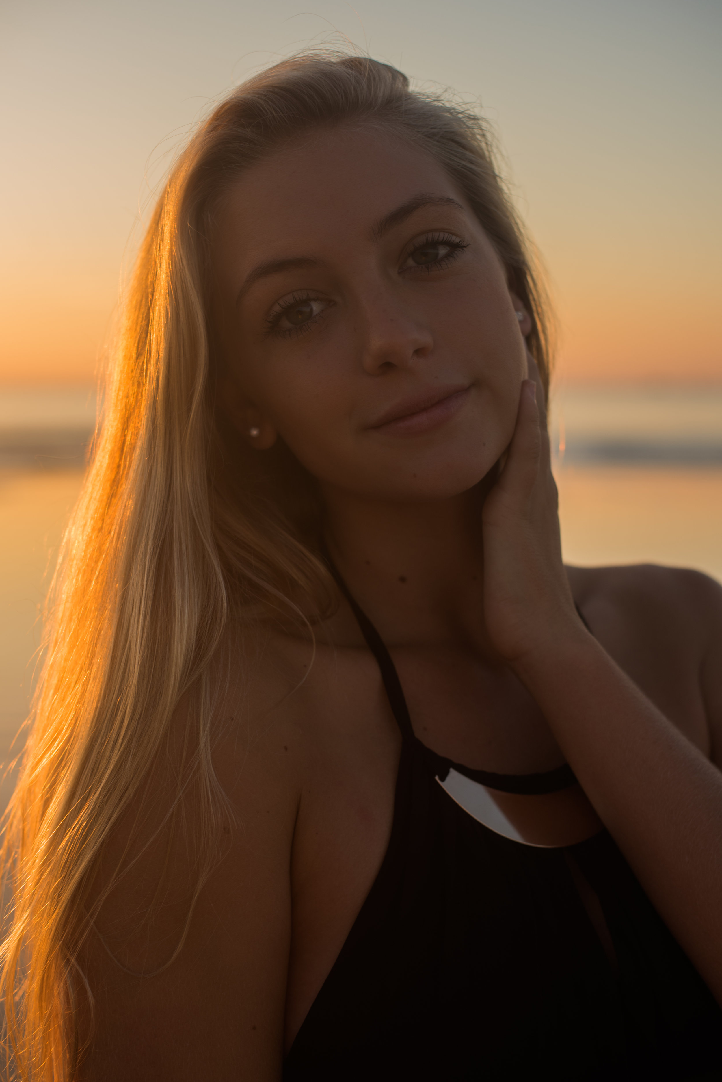 maddie-cocoa-beach-senior-photo-1-13.jpg