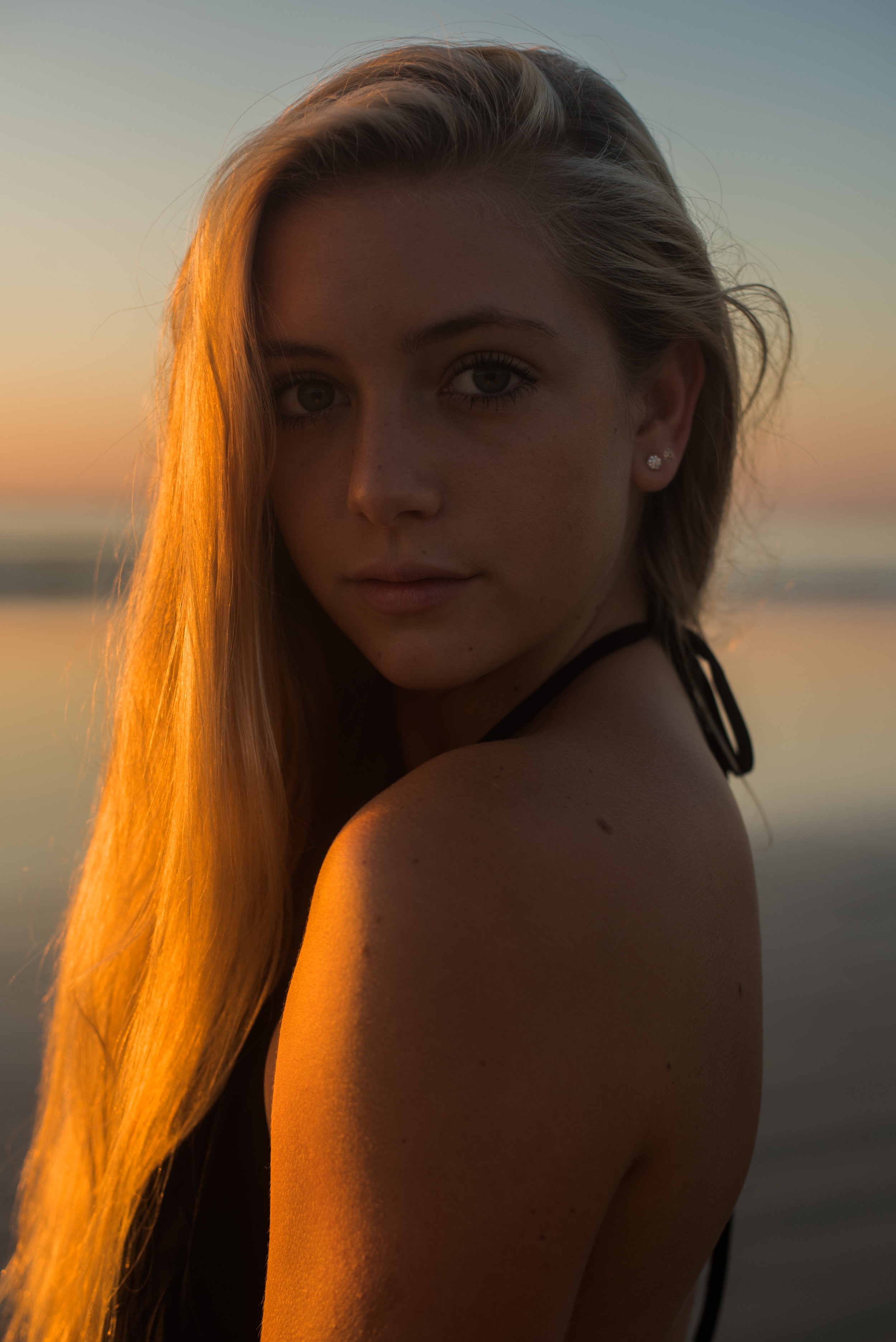 maddie-cocoa-beach-senior-photo-1-15.jpg