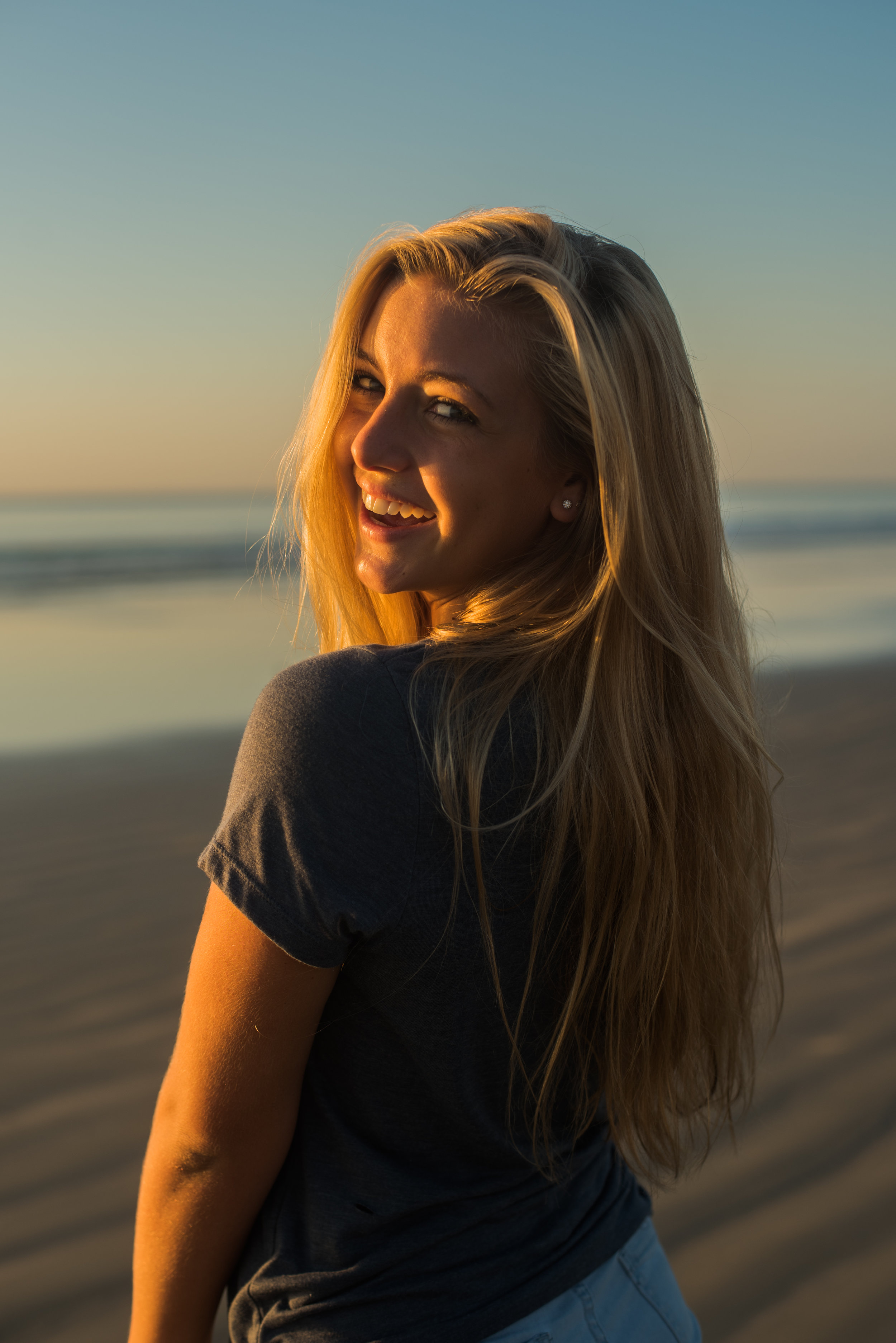 maddie-cocoa-beach-senior-photo-1-24.jpg