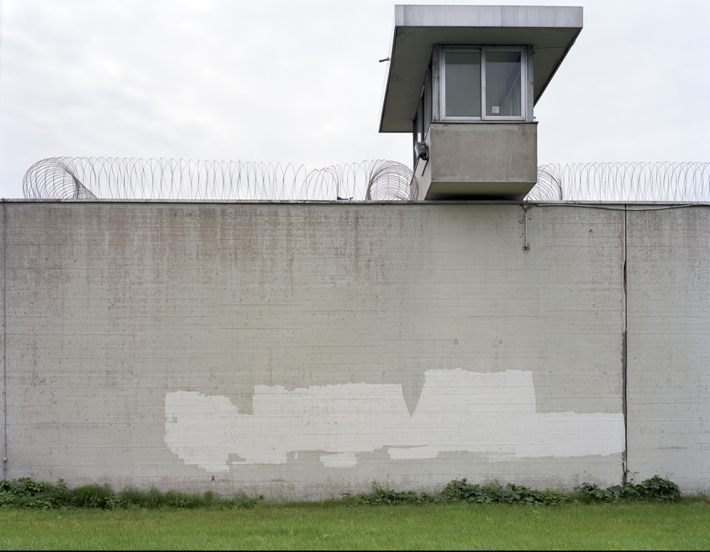 Neuengamme concentration camp wall 2008