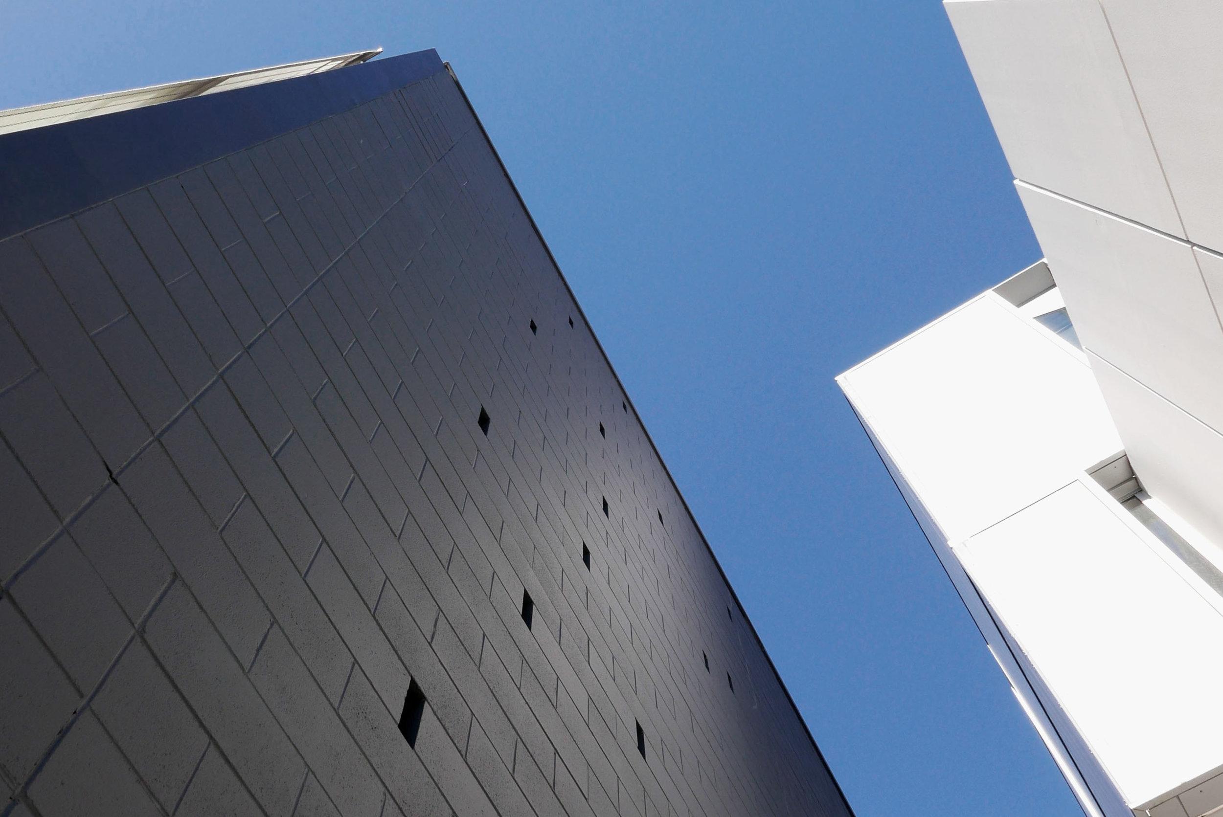 1 Shimazaki building.jpg