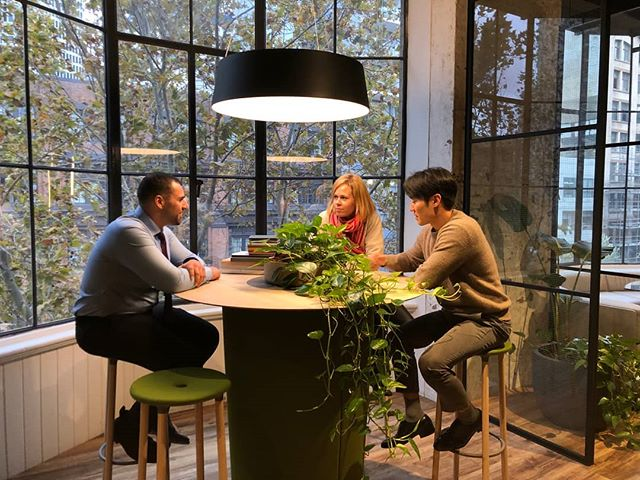 Just having a casual brainstorming session in our Australia showroom. Featuring: On Point High Table & Move On High Bar Stools by @offecctofficial  #JAUShowroom #JEBShowroom #officefurniture #hightable #stools #wellbeing #officegoals #furniturelovers #offecct