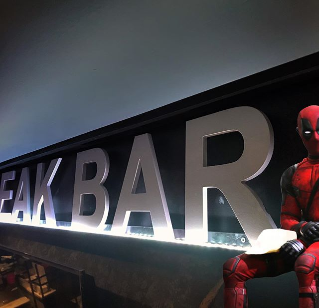 HELLO COMICON! For this weekend only show your #comicon2019 badge to our bartenders and get a buy one get one free of our Break Bar Ale! After you're finished unleash your inner Asgardian and smash it against the wall! #comicon2019 #comiccon #cosplay #comics #marvel #anime #cosplayer #comicbooks #nerd #geek #cosplayersofinstagram #superhero #javitscenter #hudsonyards #hudsonyardsnyc #hellskitchen #thingstodoinnyc #msg #madisonsquaregarden #timessquare #midtownwest #nyc #nycphotography #nyceventplanner #nycgo #nycbars #thebreakbar #break #breakbarnyc