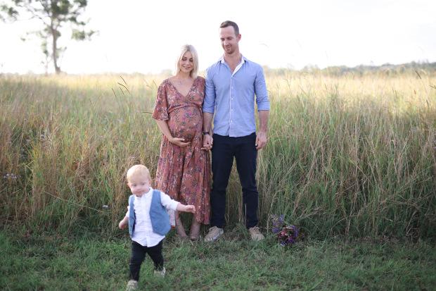 Alice in Healthy Land | Maternity shoot.jpg