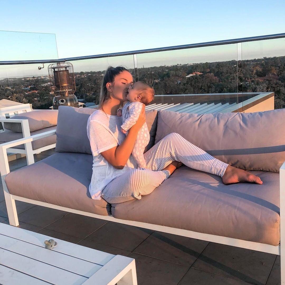 Laura Thoms with baby   Mum Network.JPG