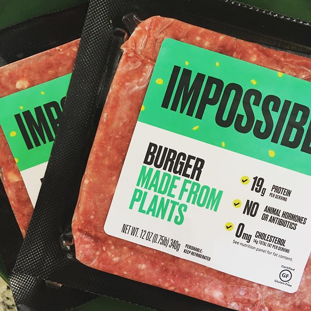 To Live and Try in L.A. ••• high five, yo 💯@impossible_foods ••• #ImpossibleBurger #ShoveInFace #rad