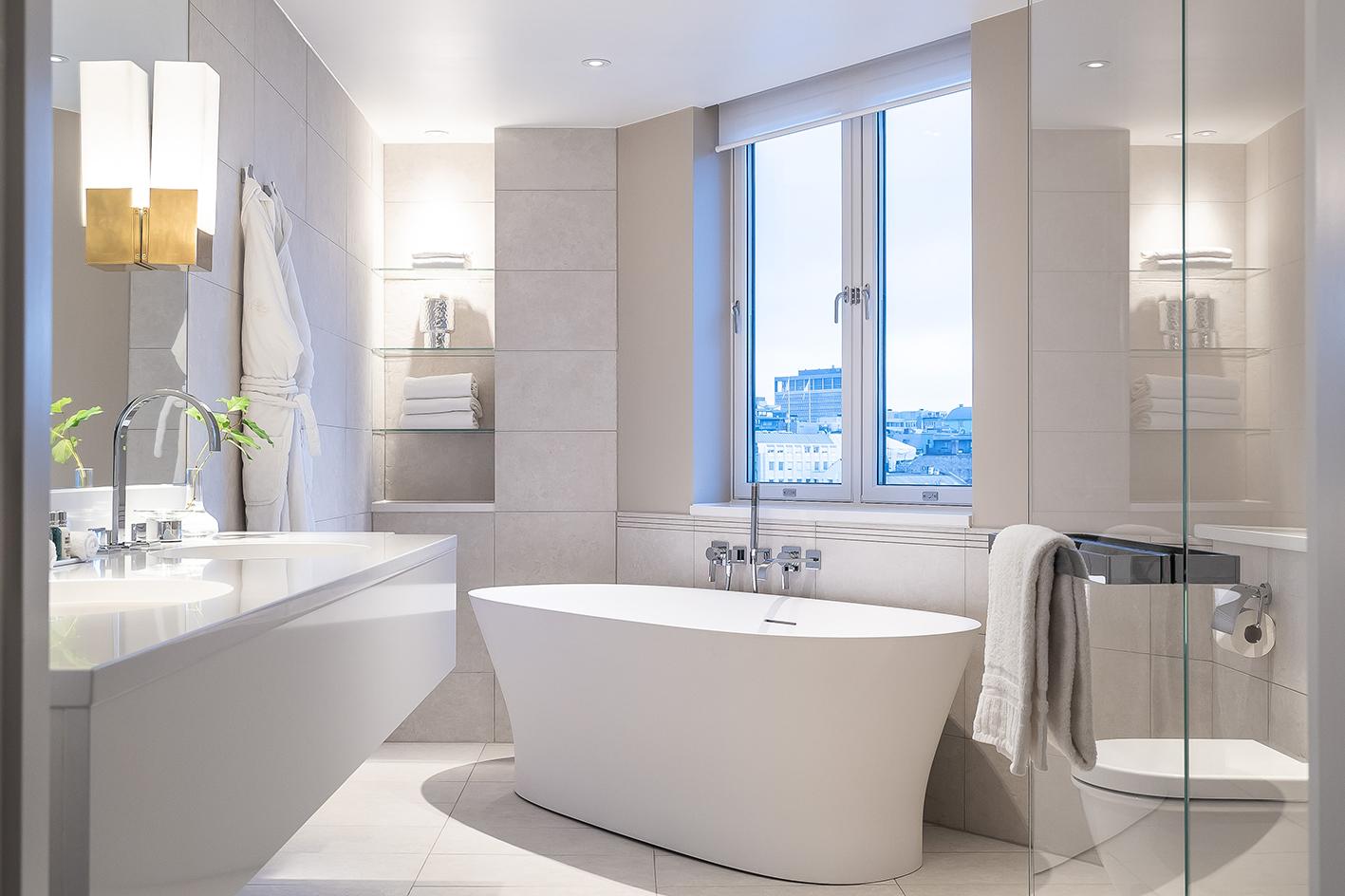Boman Suite Bathroom.jpg