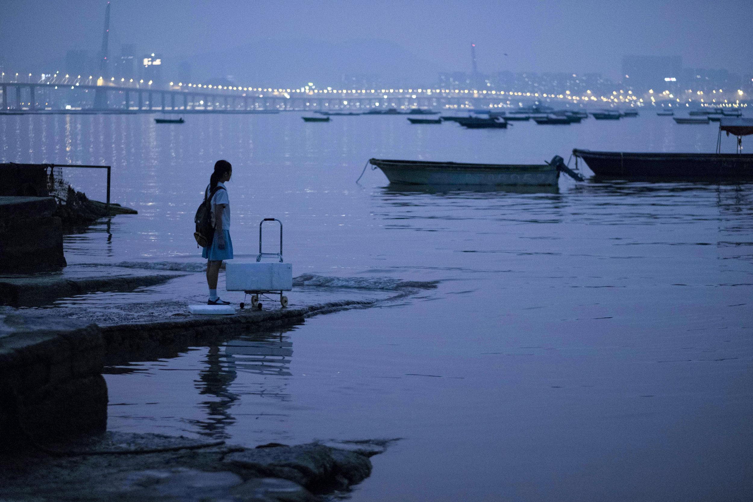 Huang Yao as Peipei beside the sea photo by Po-Wei Lin.jpg