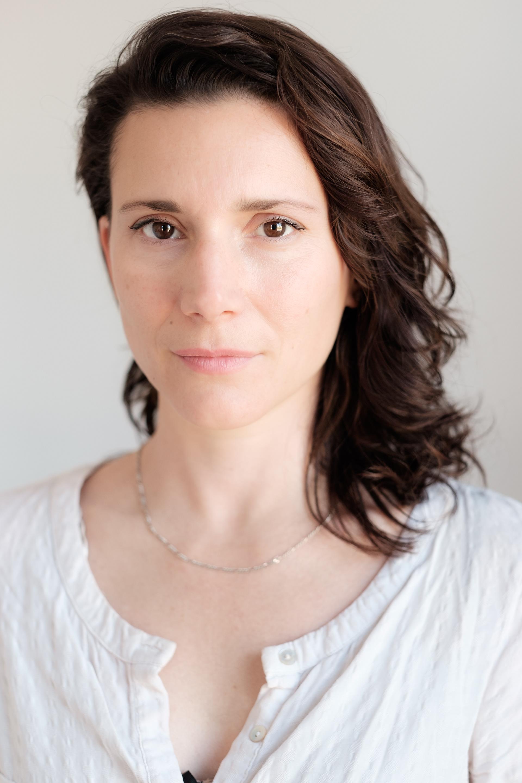 Claire-Louise Bennett, author.