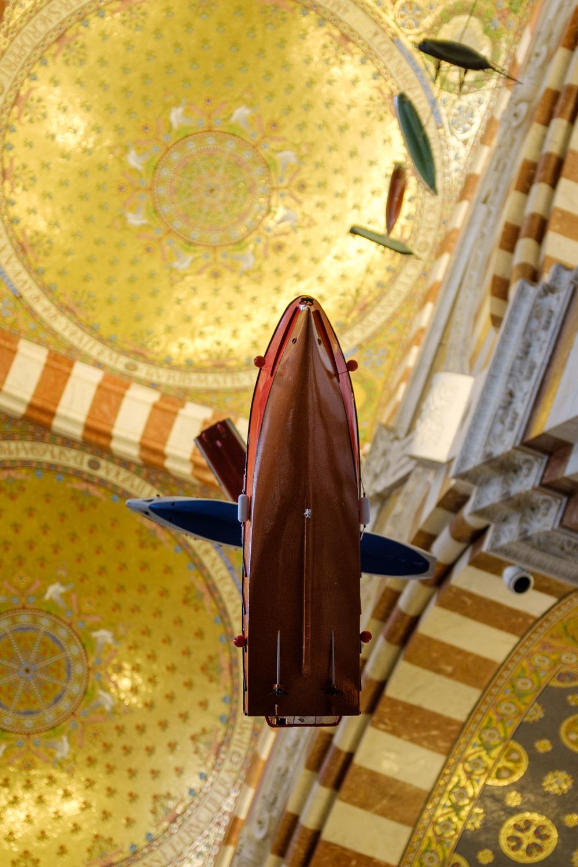 Flying boats in Notre Dame de la Garde