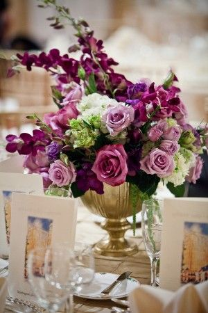 8bd16b707395eb1c1f2a3b70744003a7--short-wedding-centerpieces-centerpiece-wedding-flower-arrangements.jpg