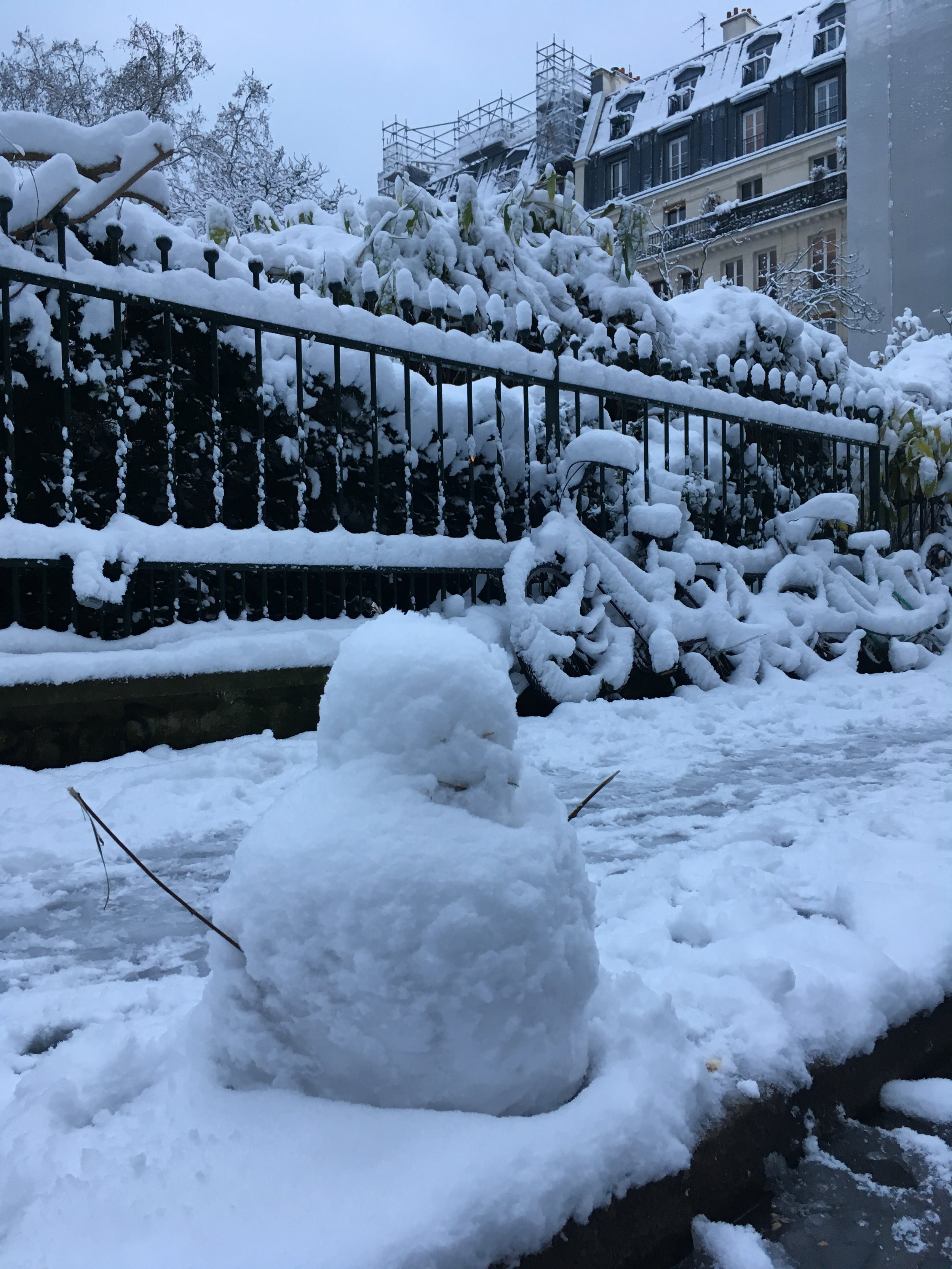 Snowman in Paris