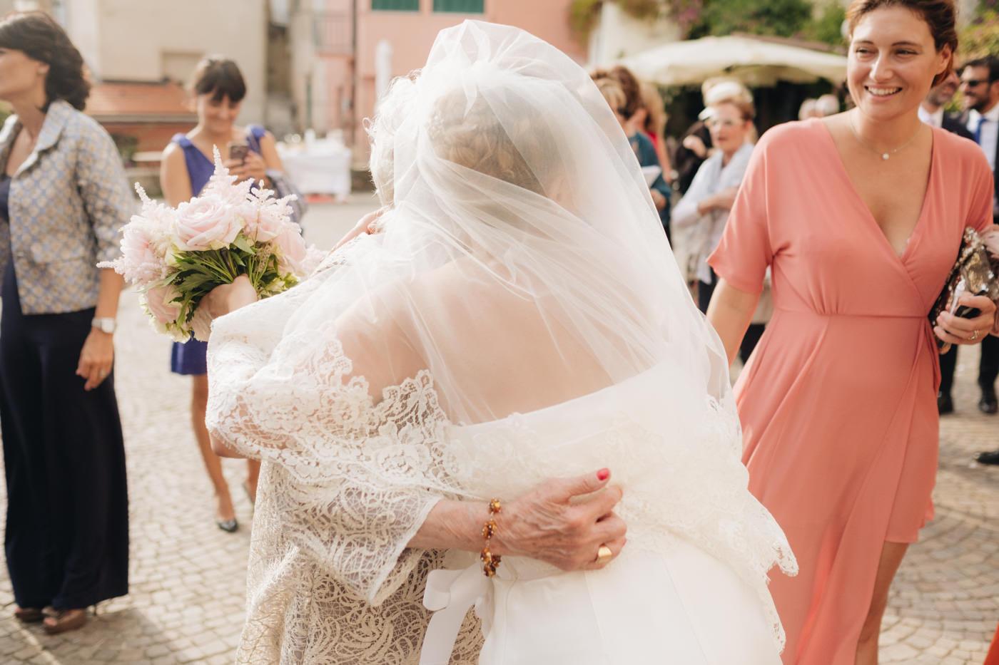 matrimoni_all_italiana_fotografo_matrimonio_cinque_terre-33.jpg
