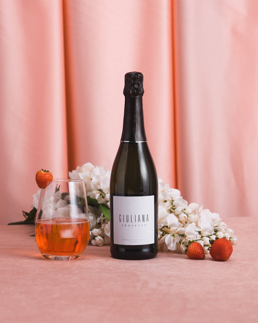 Rosé is red, violets are blue, it's time to pick up a bottle of Giuliana or two! Say salute to the weekend with this Rosé Spritz, expertly crafted with #GiulianaProsecco.