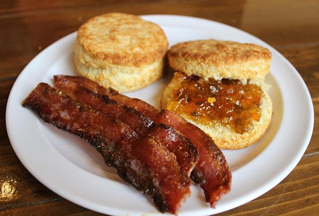 We don't know about you, but we're drooling right now. 🤤  Candied Bacon and Buttermilk Biscuits with Jalapeño Jam are one of the daily specials we will serve next week for our 5 year anniversary celebration!#HappyBirthdayMaxCity 🎉