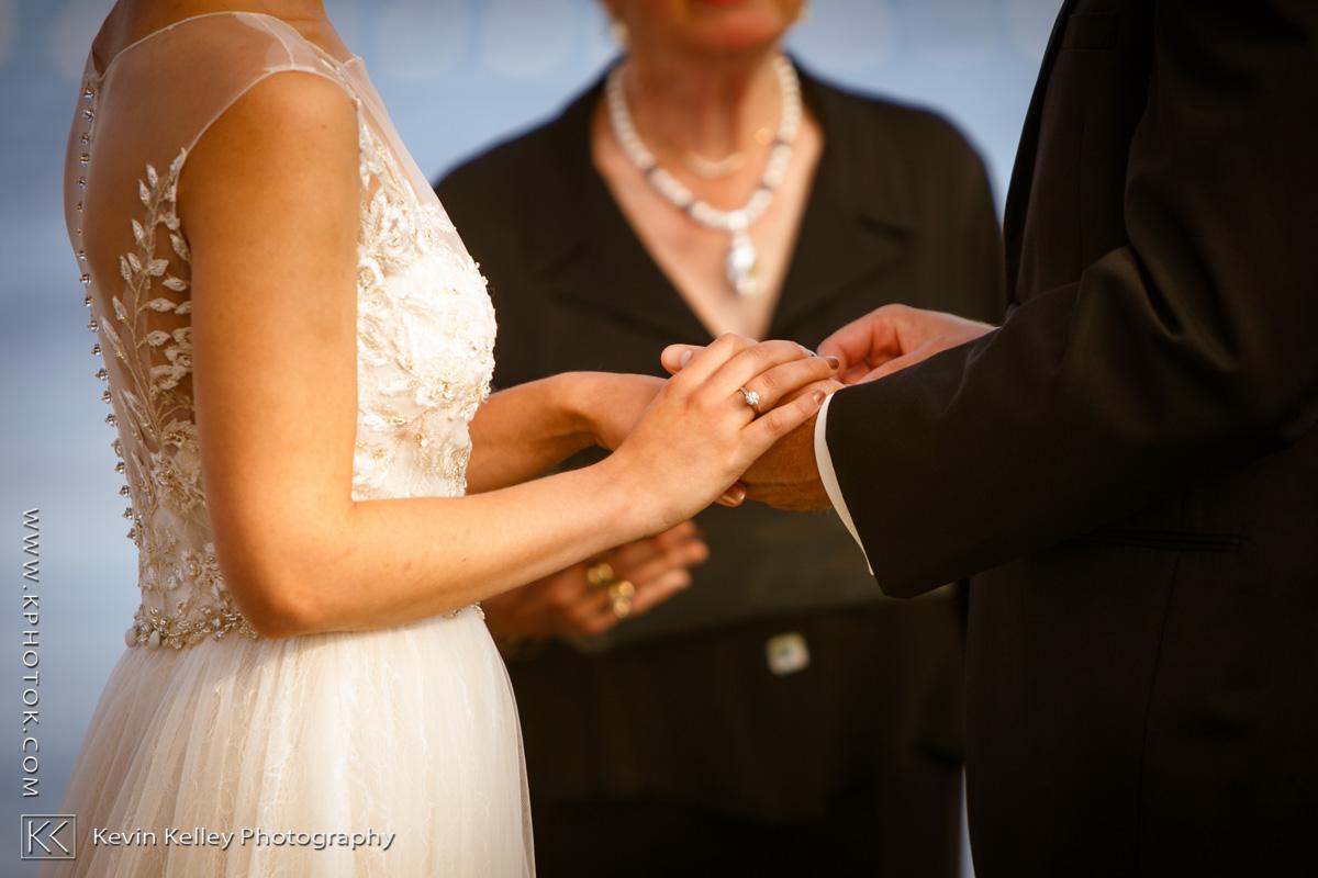 masons-island-yacht-club-wedding-images-2012.jpg