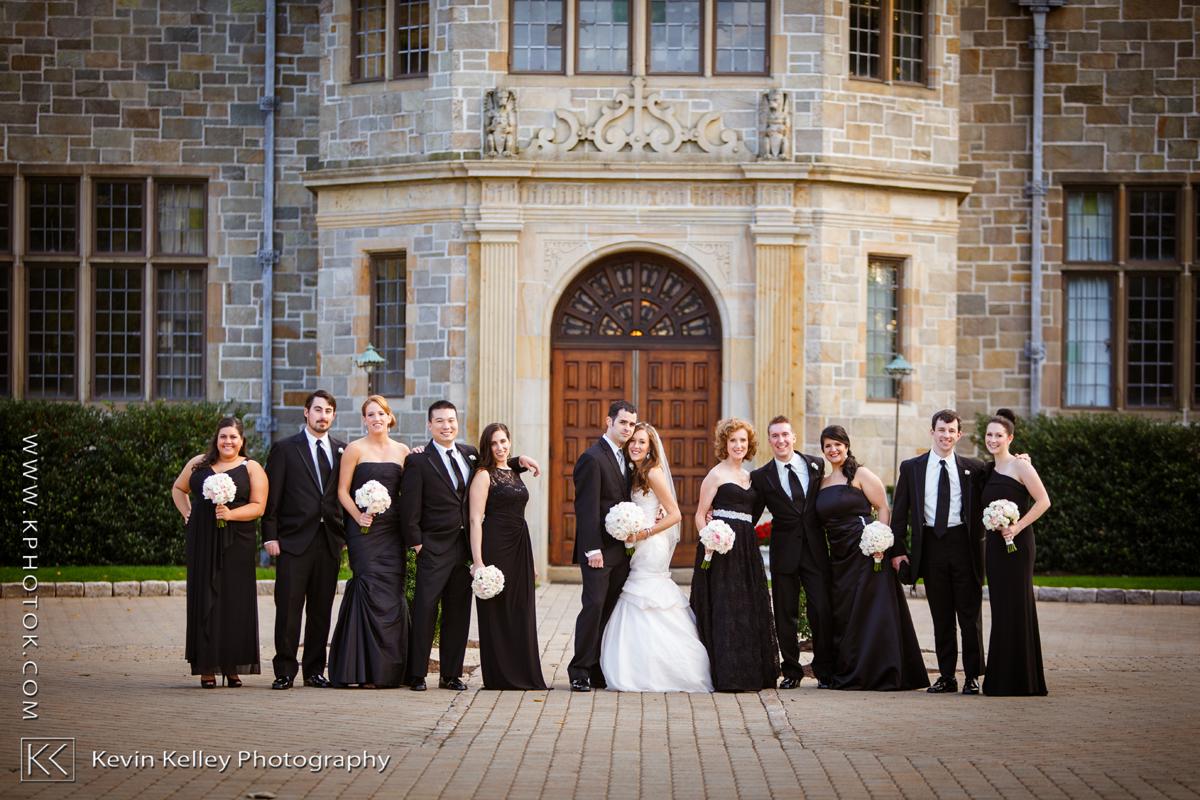 carissa+brandon-fairfield-university-wedding-photos-2001-3.jpg
