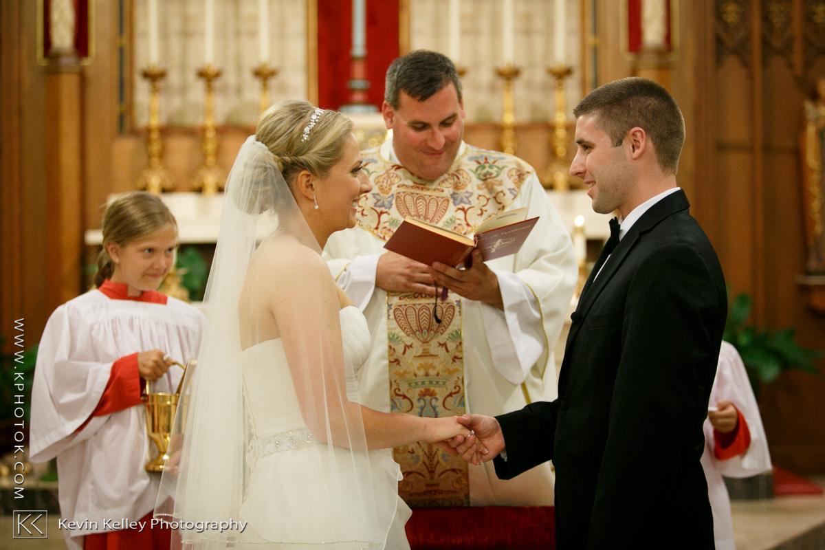 Ariel&Mike-woodwinds-branford-branfort-ct-wedding-2013.jpg