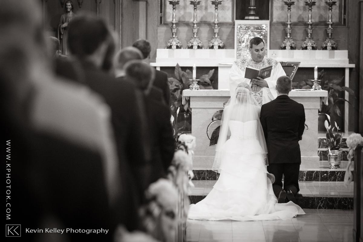 Ariel&Mike-woodwinds-branford-branfort-ct-wedding-2015.jpg