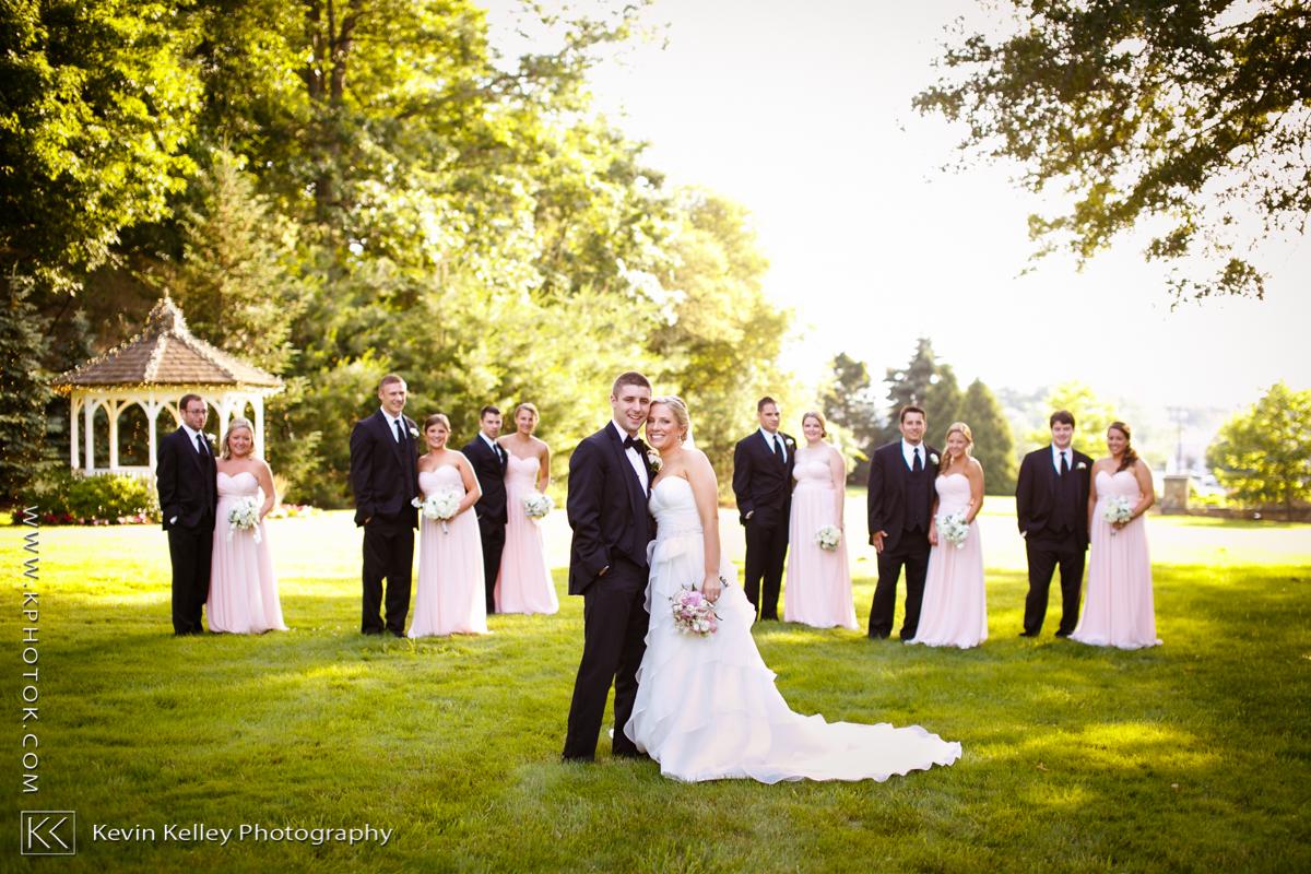 Ariel&Mike-woodwinds-branford-branfort-ct-wedding-2028.jpg