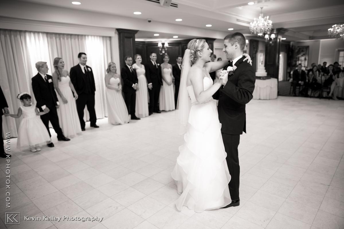 Ariel&Mike-woodwinds-branford-branfort-ct-wedding-2047.jpg