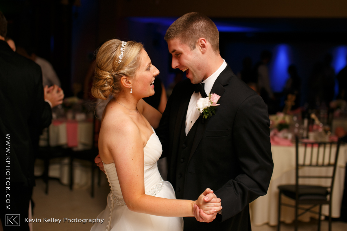 Ariel&Mike-woodwinds-branford-branfort-ct-wedding-2067.jpg