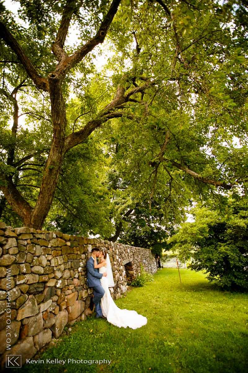 farmington-gardens-wedding-hillstead-museum-2007.jpg