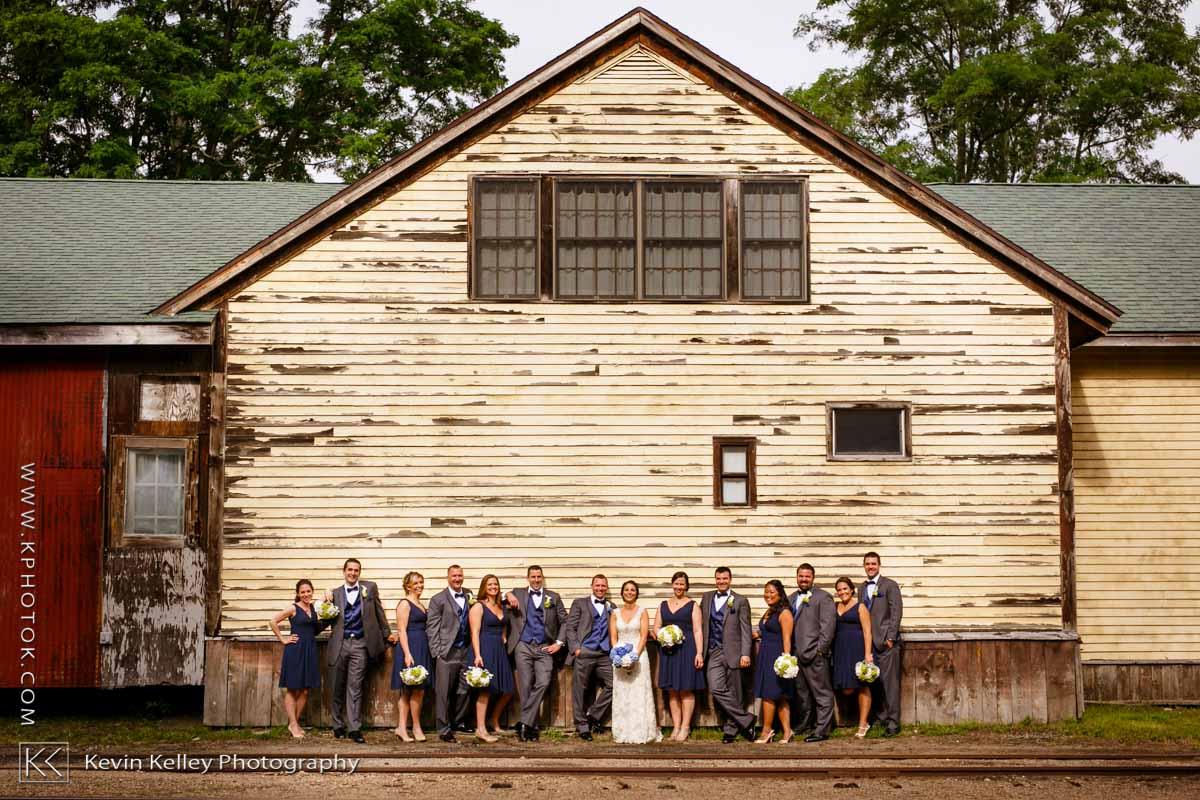 Riverhouse-at-goodspeed-station-wedding-2051.jpg
