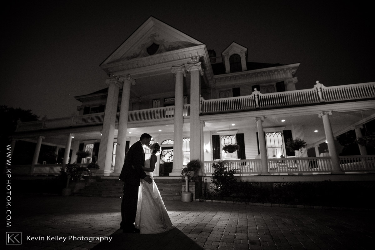 lounsbury-house-wedding-ridgefield-ct-2020.jpg