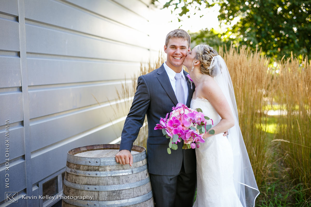 saltwater-farm-vineyard-stonington-wedding-meghan-charlie-2013.jpg