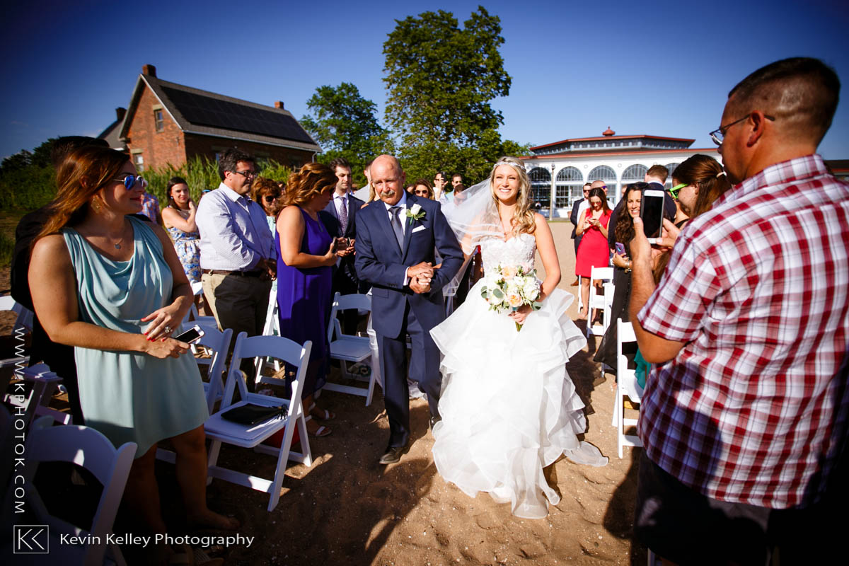 Lighthouse-point-park-wedding-east-haven-2012.jpg